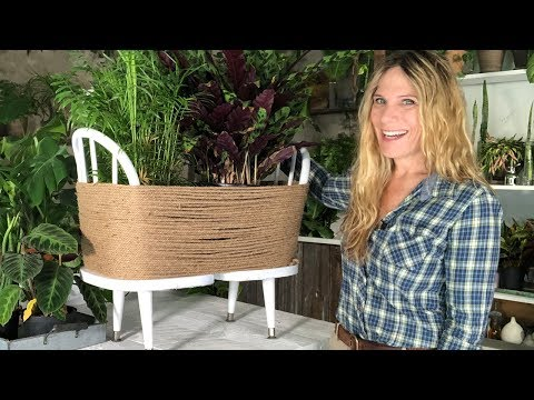 DIY PLANT STAND  | HOW TO MAKE A PLANTER FOR FREE!