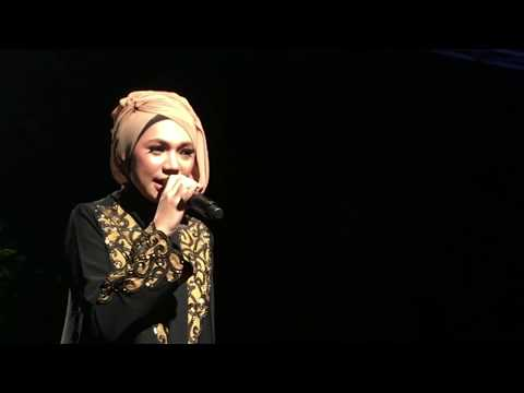 Rising Star Indonesia Emang Lagi Syanti Indah Nevertari