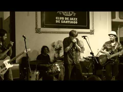 "Gonzalo Araya & Tomás Gumucio - ""Train Blues"" - Club De Jazz De Santiago"
