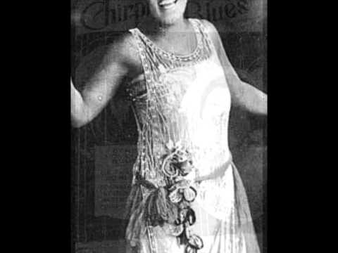 Bessie Smith-I Got What It Takes (But It Breaks My Heart To Give It Away)