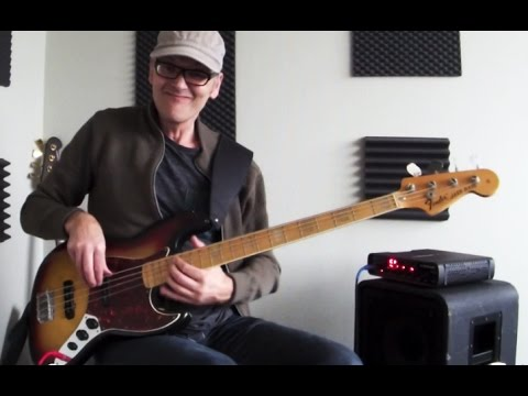 L377 Cool chord bass groove with legato fill, how to play - YouTube