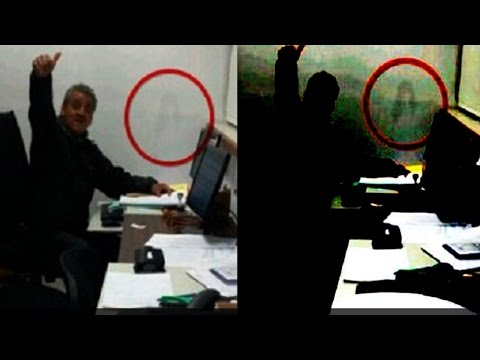 Fantasma en Argentina - Le Toman una Foto Trabajando y Aparece Algo Aterrador