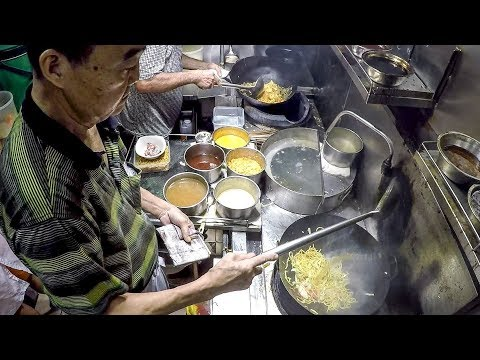 Hokkien Prawn Mee and More Fried Noodles. Singapore Street Food