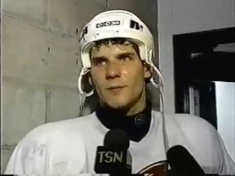 NHL: Ottawa Senators Talking Playoffs (1995)