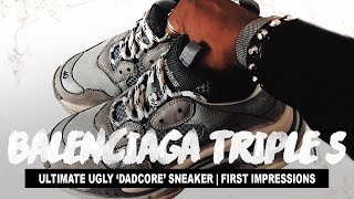 "Video THE ULTIMATE ""DAD"" SHOES (Balenciaga Triple S Grey Sneakers Review) download MP3, 3GP, MP4, WEBM, AVI, FLV Juni 2018"