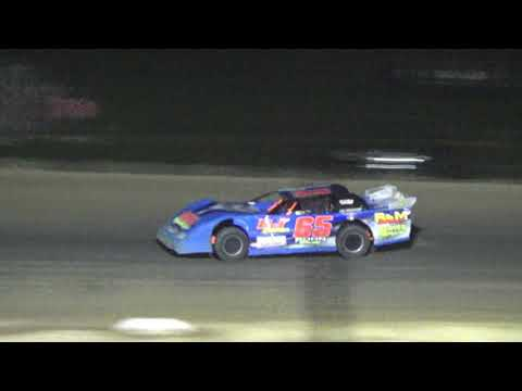 Pro Stock Feature Race at Crystal Motor Speedway, Michigan on 07-15-2017
