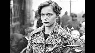Ирина Купченко читает стихи о войне 2ч. (на музыку В.Моцардо)