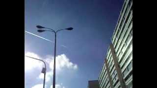 teil 4 chemtrail berlin 16.10.2012 14:00 alexanderplatz volksverrat himmel massenvernichtung