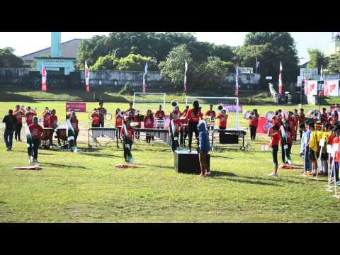 Marching Band Atma Jaya Yogyakarta - Indonesia Raya [ Telkomsel Loop Soccer Fun Fest ]