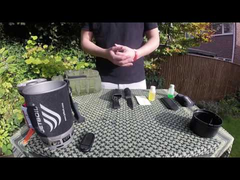 How To Clean A Bushcraft Knife | Total Knife Care