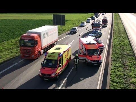 Unfallserie auf A 659 Viernheim-Weinheim -Neun verletzte Personen- [Alarmfahrten der Rettungskräfte]