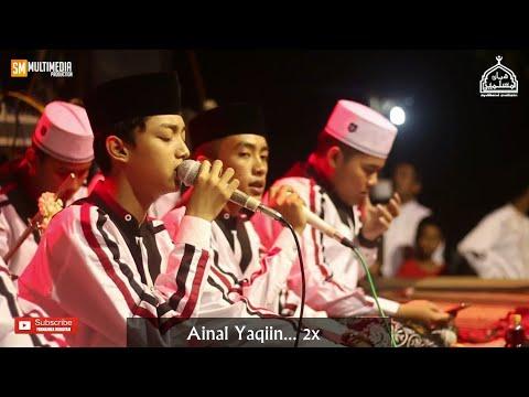 Gus Azmi Askandar - Robbi Kholaq Thoha Minnur. HD Dan Lirik.