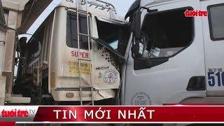 ⚡ Tin mới nhất   Xe ben và xe container đối đầu, tài xế mắc kẹt trong cabin