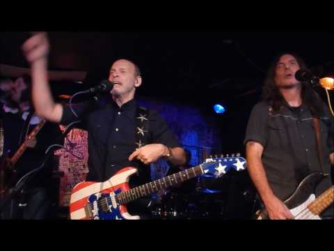 Wayne Kramer (MC5) performs