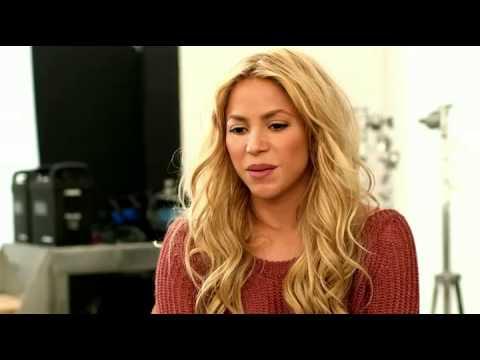 [facebook.com/shakiraineditos] | Shakira y el detrás de cámara para la revista Self