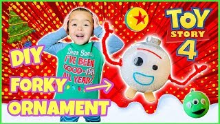 How To Make Forky Tree Ornaments | Toy Story 4 Disney Christmas Decorations