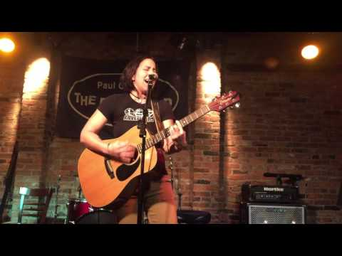2015-12-06 - Marcy Lang @ The Bitter End - 07