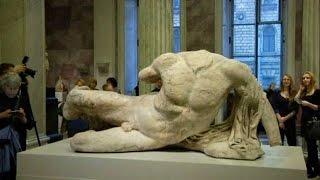 Мраморная скульптура, переданная на хранение Эрмитажу, оказалась в центре скандала (новости)(http://www.epochtimes.ru ] Статуя греческого бога Илиссоса стала предметом ожесточенной дискуссии между Грецией,..., 2014-12-06T16:23:37.000Z)