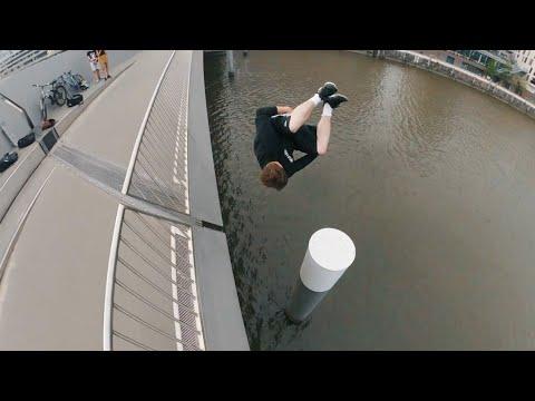 Human Catapult - Ultimate Teamwork Water Challenge 🇩🇪