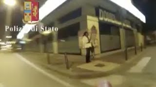 Sparano sui trans dall'auto in corsa e ci fanno un video