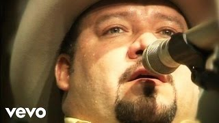 Pesado - Ingrato Amor (Live at Nuevo León México)