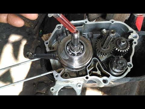 Bike & Scooter Service Engine Oil Change time New 2018 Tips & Tricks For All Bikes Scooter In Hindi