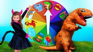 Magic Spin WHEEL and Super Elsa playing with friends and Toy DINOSAUR