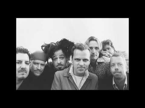 Counting Crows - A Long December (on Howard Stern Show)