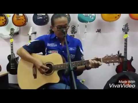 Ady Wow - Panggung Sandiwara
