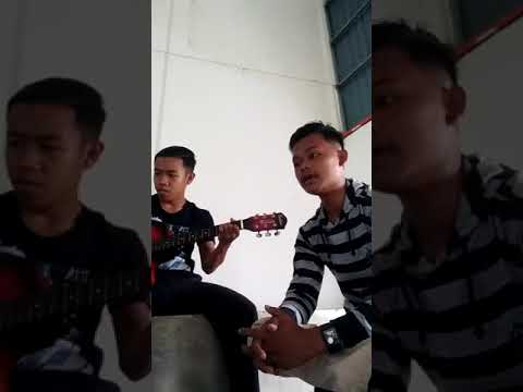 Ku Tak Rela-Achik(First Song)