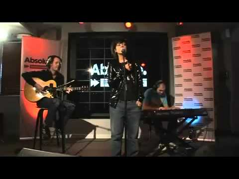 Lily Allen - 22, The Fear, He Wasn't There (Acoustic In Session)
