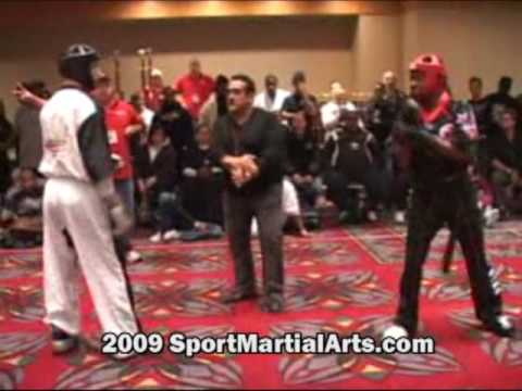 Ross Levine v Willie Hicks - Men's team sparring -...