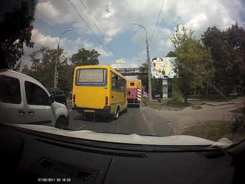 Страшная авария на пересечении ул. Стретенская и Рабочая. Видео очевидца