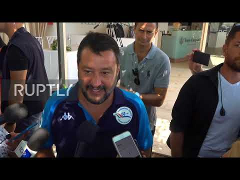 Italy: Salvini calls for new elections during 'beach tour'