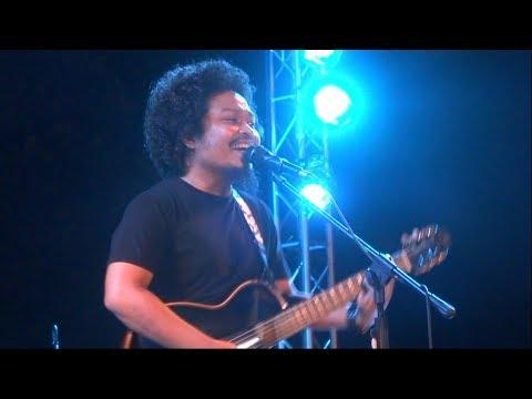 HD Payung Teduh - Akad - Prambanan Jazz 2017 FANCAM