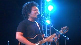 Video [HD] Payung Teduh - Akad - Prambanan Jazz 2017 [FANCAM] download MP3, 3GP, MP4, WEBM, AVI, FLV Januari 2018