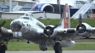 Historic Boeing B17 Flying Fortress TakeOff & Landing at KPAE