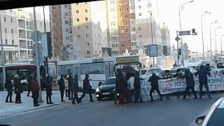 Забастовка возле дом министерсво г.Астана