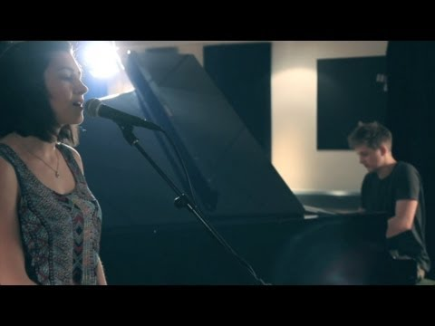 Paramore - Still Into You Hannah Trigwell acoustic cover