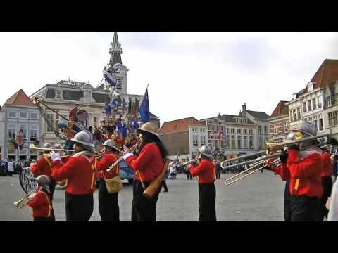 Optocht Krabbegat Bergen op Zoom 2012