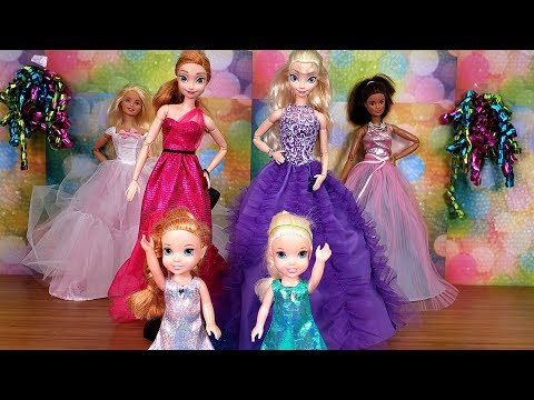 Fashion Show ! Elsa and Anna toddlers - Barbie - fashionista - dress up