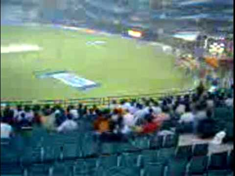 Dd vs mi bird 39 s eye view feroz shah kotla east stand youtube for Ground floor vs first floor