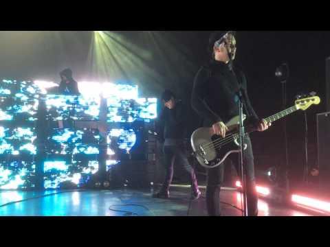 Metal | Gary Numan | Soundcheck Hammersmith Odeon 28.11.14