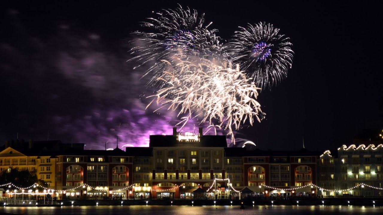 Disney S Frozen Summer Fun Fireworks Display Over Disney S