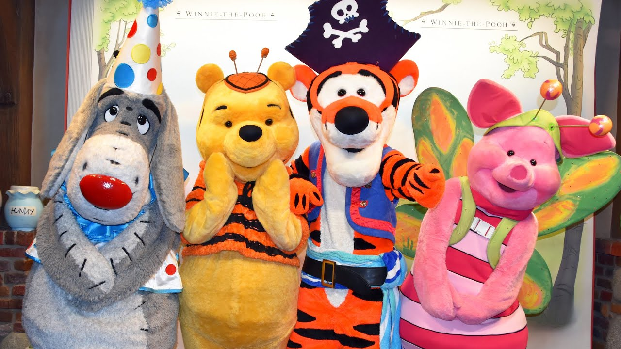 meeting winnie the pooh eeyore tigger piglet in costume at mickeys not so scary halloween party youtube