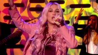 Kesha - Learn To Let Go [Live on Graham Norton HD]