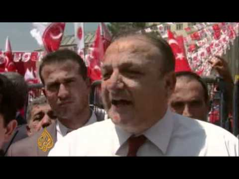 Turkish nationalists rally in Kurdish city