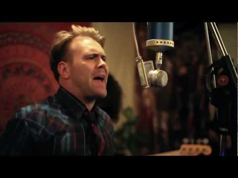 "Daniel Bedingfield ""O.V.E.R.U."" Live from Blue Microphones"