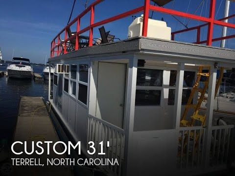 [UNAVAILABLE] Used 2004 Custom 31FT 4-Pontoon Houseboat in Terrell, North Carolina