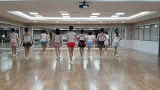 SWEET SWEET SMILE Line Dance (Beginner/Intermediate Level)